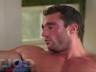 Rod Roddick the muscle hunk jerking his awesome cock
