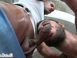 Hot Dude Massage.