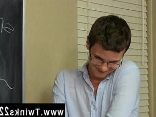 homo emo blow job movies Timo Garrett gives his trainer Julian Smiles