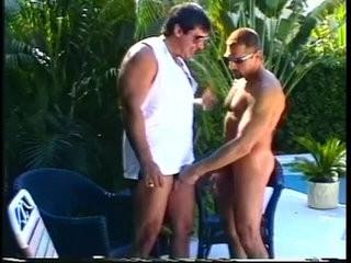 Muscled daddy otter gays enjoying sleazy outdoor cock eating encounter